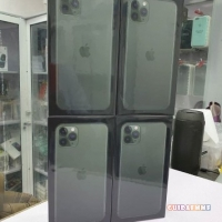 iPhone 11 Pro 64GB 430eur,Samsung S20 5G 128G