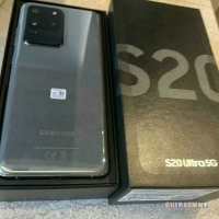 SAMSUNG S20 128GB  €400 E SAMSUNG S20 ULTRA