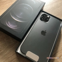 Apple iPhone 12 Pro = €550,iPhone 12  Pro Max