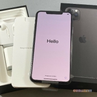 Apple iPhone 11 Pro Max  64GB  costo €650
